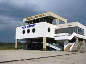 Flughafen-pula